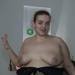 El estreno en el porno de Estela Blow. Vaya pedazo de mujer!