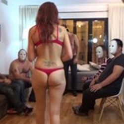 El novio le monta follada sorpresa a Maria la insaciable.